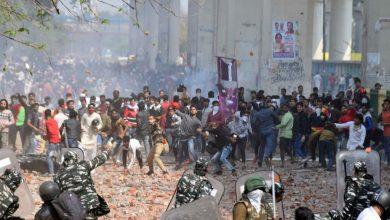 Photo of Li Hindistanê bi dehan kes di xwepêşandanan de jiyana xwe ji dest da