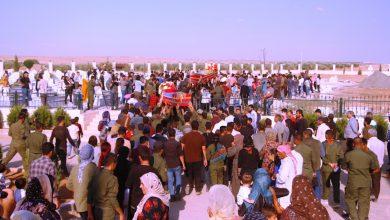 Photo of Şêniyên Kobanê şehîd Îbarahîm û Fewaz bi merasimekê oxir kirin