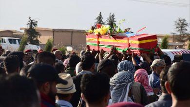 Photo of Şêniyên Til Temirê bi merasîmekê şehîd Îbrahîm El-Hemad oxirkirin