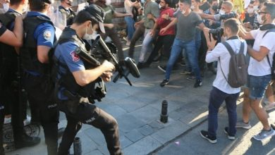 Photo of Polîsên faşîzma AKP'ê li Stenbolê êşkence li çalakgeran kir
