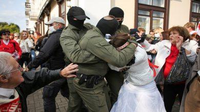 Photo of Bi hezaran jinên Belarûsê li dijî zextên desthilata Lûkaşenko daketin kolanên