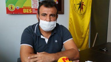 Photo of Qeyûmê Mêrdînê karmendê ku strana Kurdî parve kir, ji kar derxist